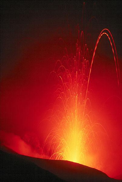 402px-Stromboli_Eruption.jpg
